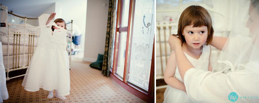 007-brudepike-kjole-forberedelser-bryllup-reportasje.jpg