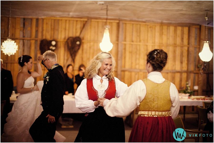 50-bryllupsfotograf-dans-musikk.jpg