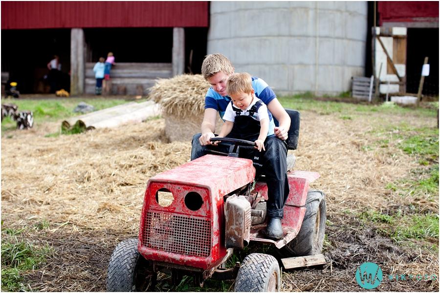 traktor-barn-voksen-gard.jpg