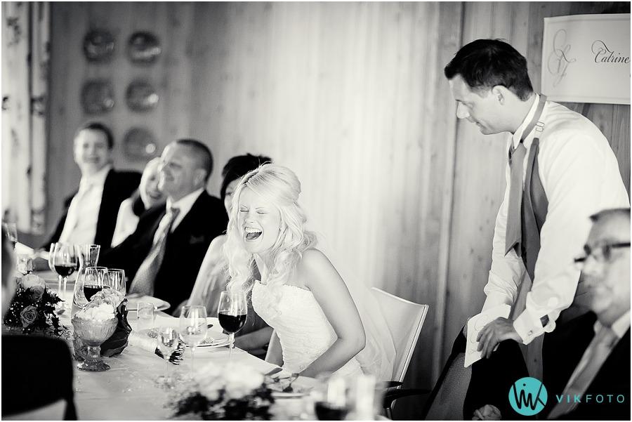 bryllup-middag-brudgom-tale.jpg