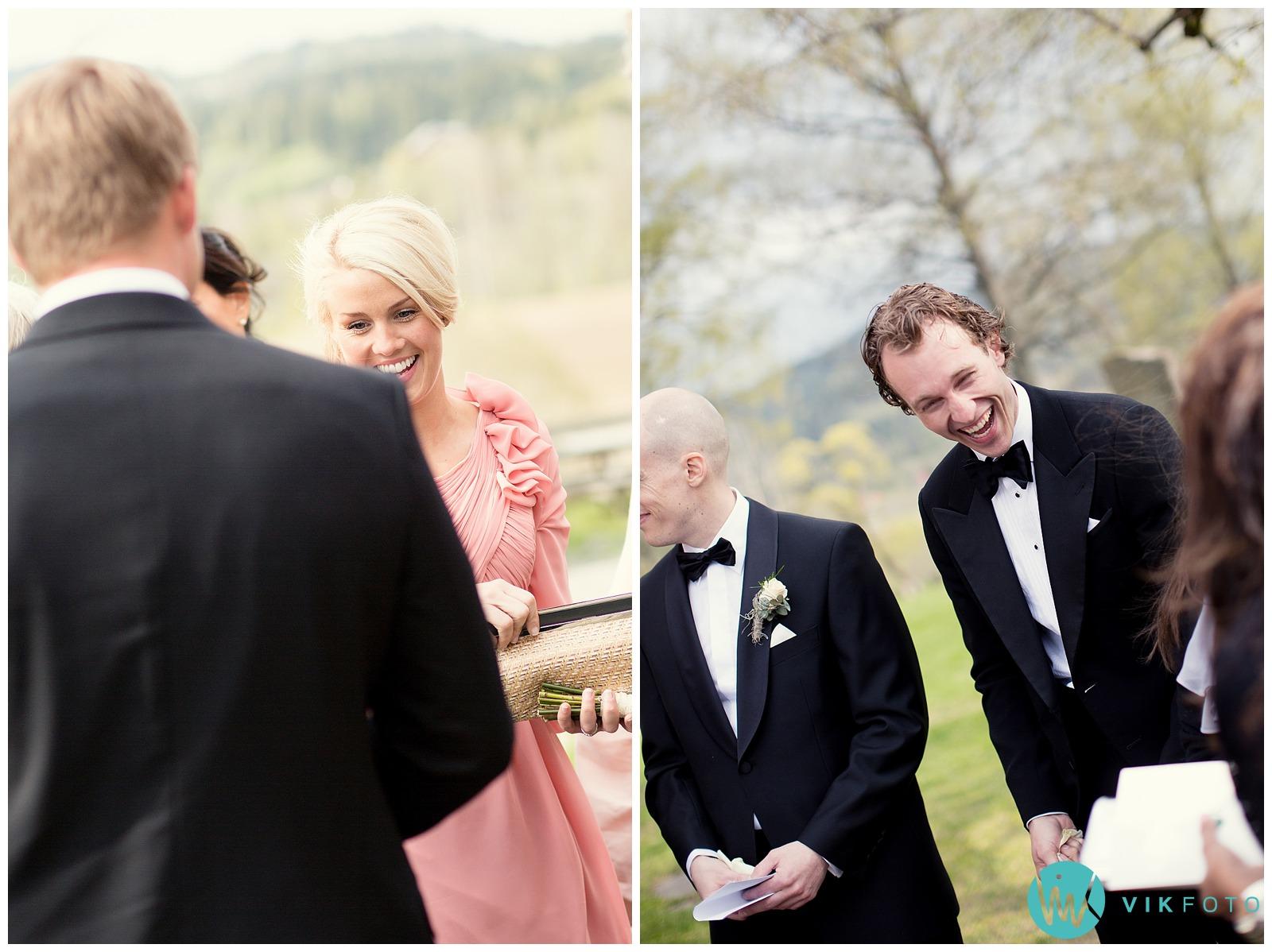 37-bryllupsfotograf-oslo-sorkedalen-kirke.jpg