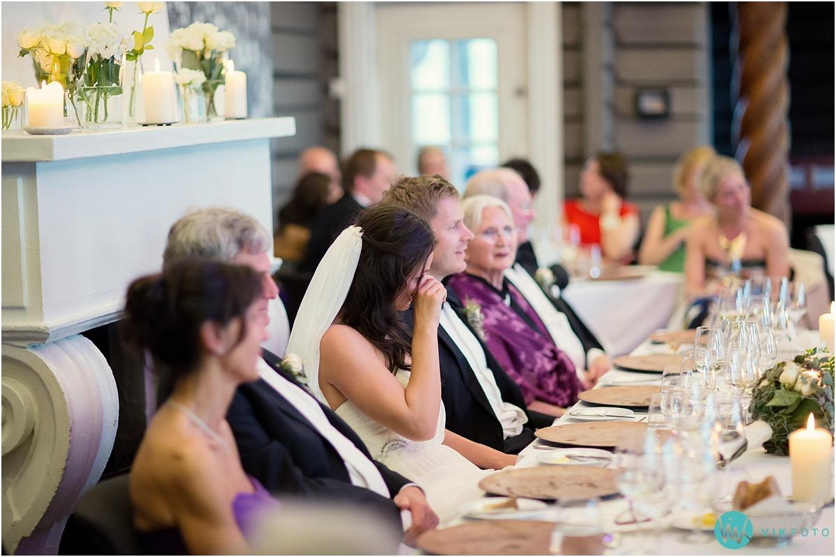 66-bryllupsfotograf-reportasje-grefsenkollen-oslo.jpg