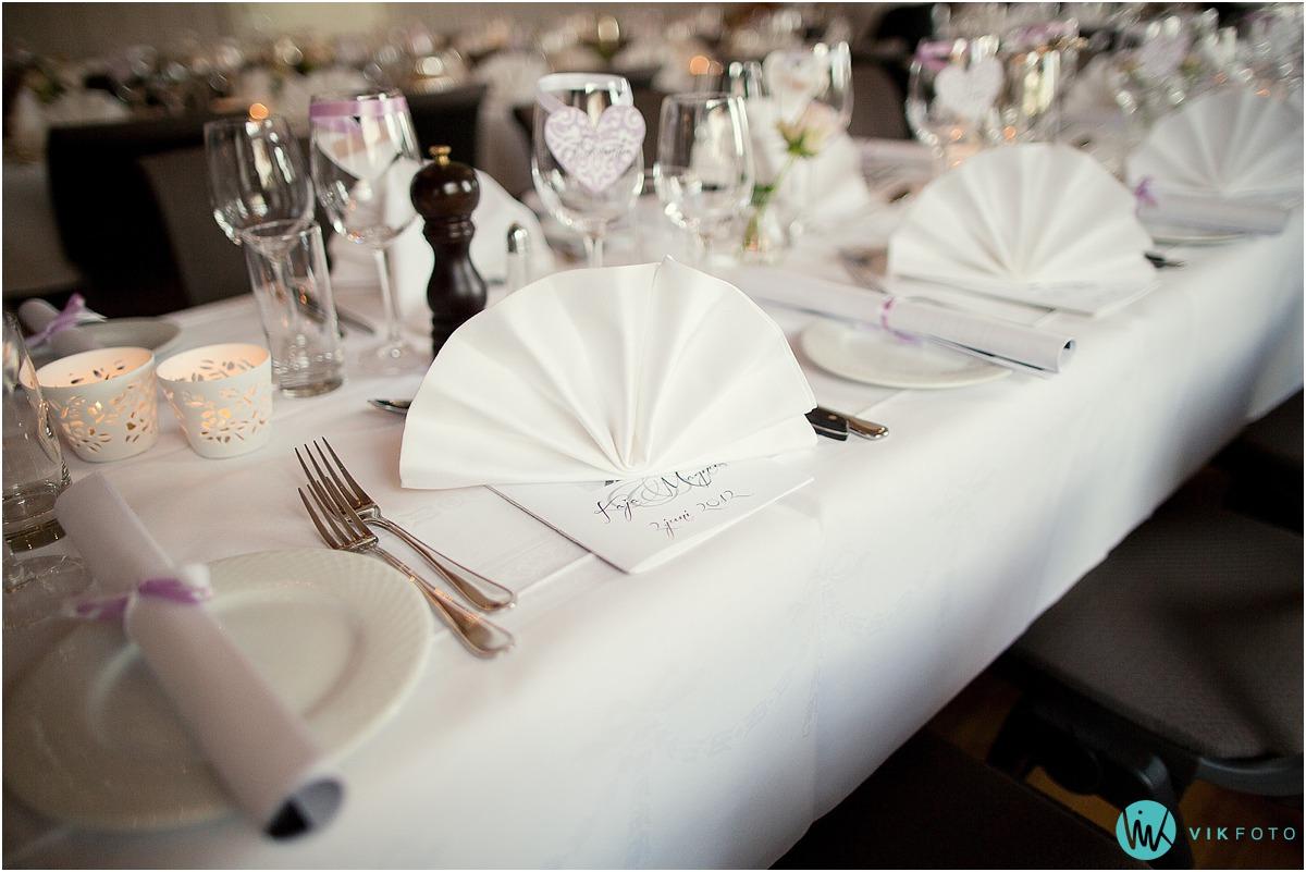 54-bryllup-borddekorasjoner-raumergården-hotell