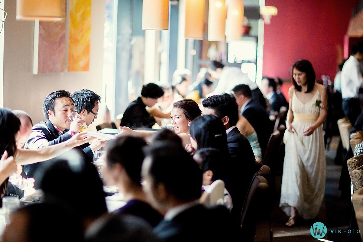 26-gjester-bryllup-fotojournalist-bryllup.jpg