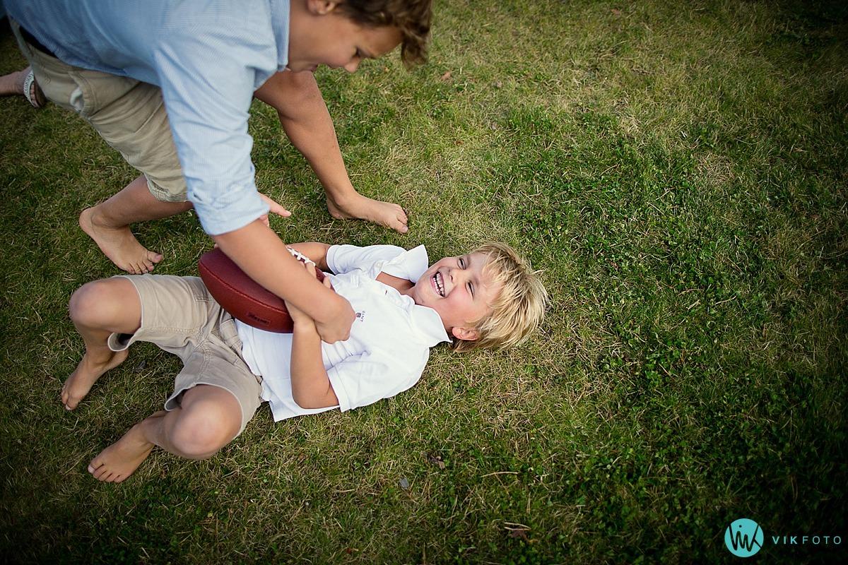 portrettbilde-barn-lek-fotograf-moss.jpg