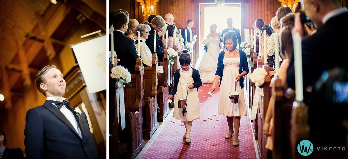 24-bryllup-vielse-hvitsten-kirke.jpg