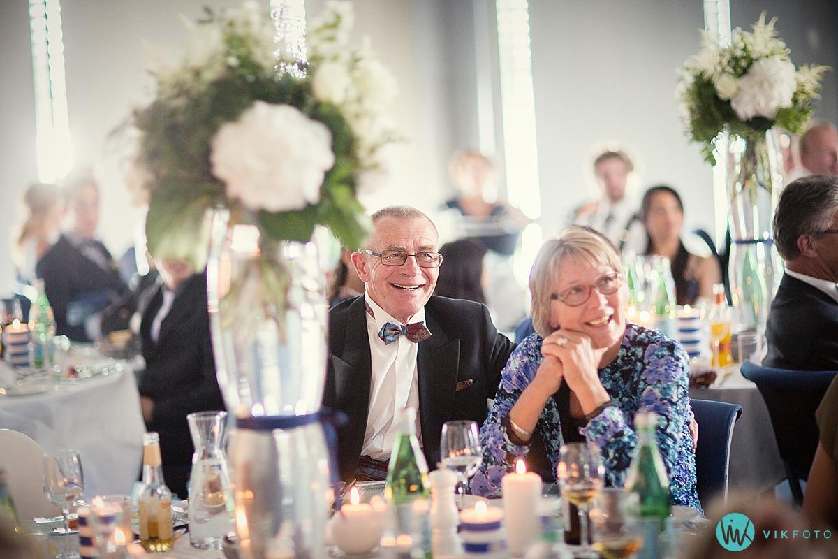 45-bryllupsfotograf-heldags-reportasje-gjester.jpg