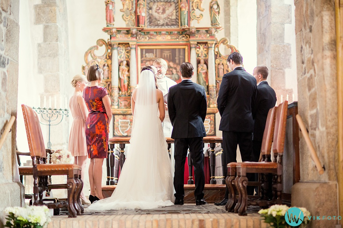 18-fotograf-bryllup-vielse-hedrum-kirke-larvik