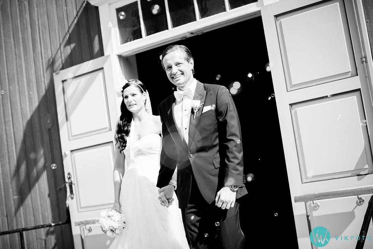 27-bryllupsfotograf-larvik-vielse-hedrum-kirke