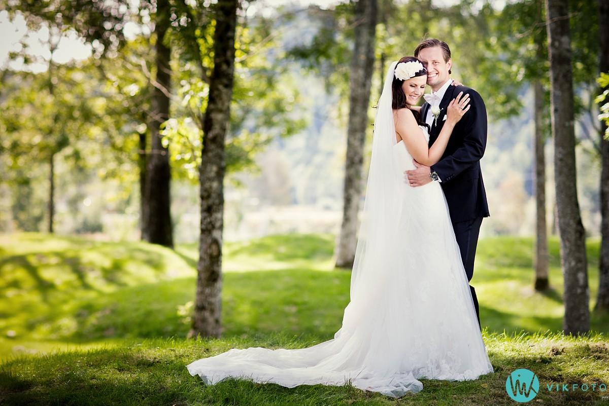 47-bryllupsfotograf-larvik-brudepar-bryllupsbilde