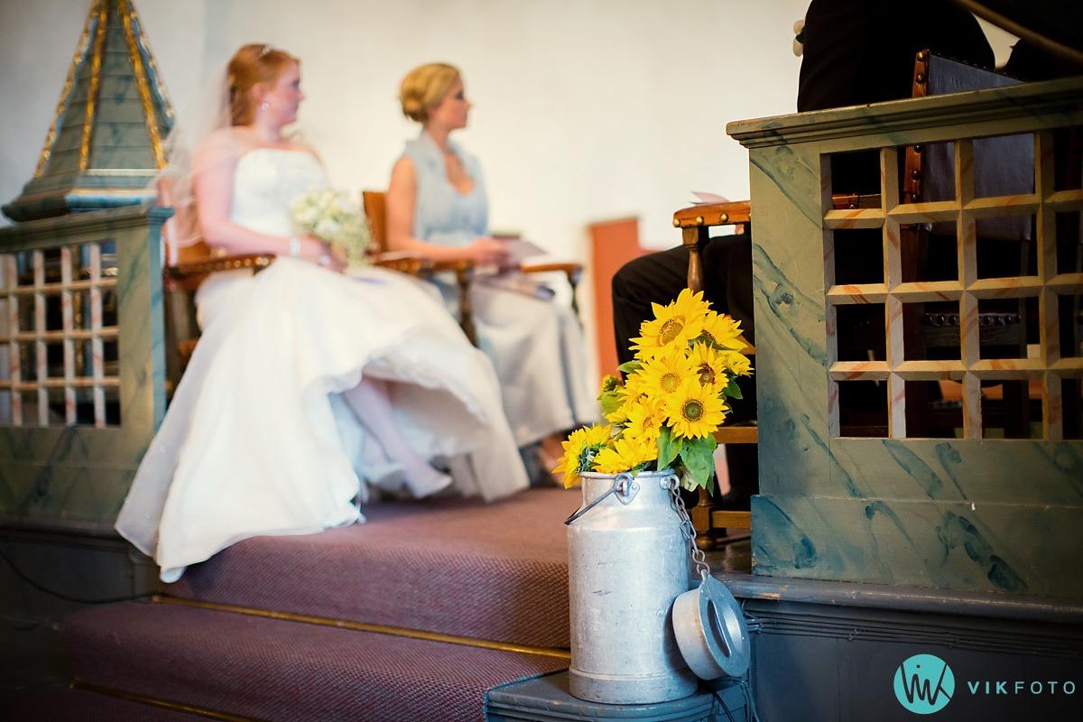 08-fotograf-bryllup-mysen-vielse-skiptvet-kirke