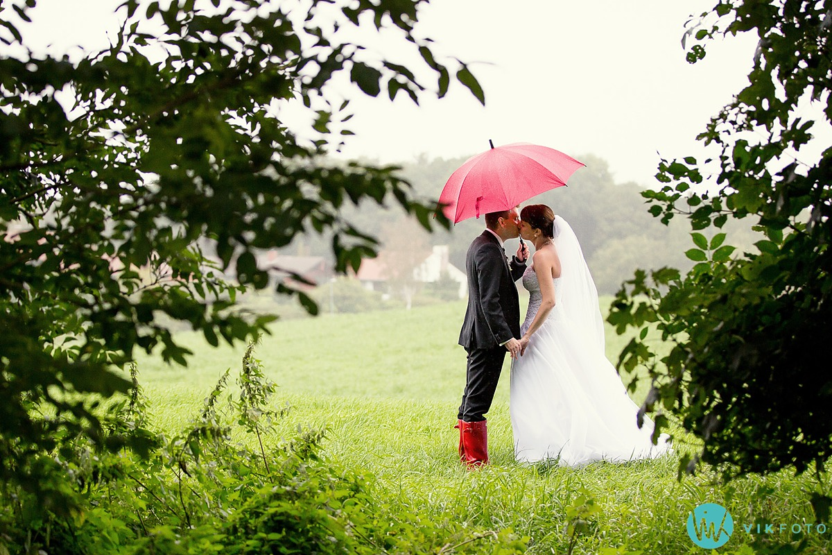 e2b200e7 Hjelp! Bryllupsbilder i regnet!? - Fotograf i Sarpsborg ...