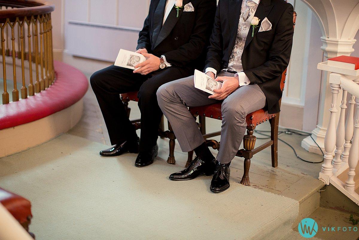 13-bryllupsfotograf-grimstad-arendal-engene-kirke