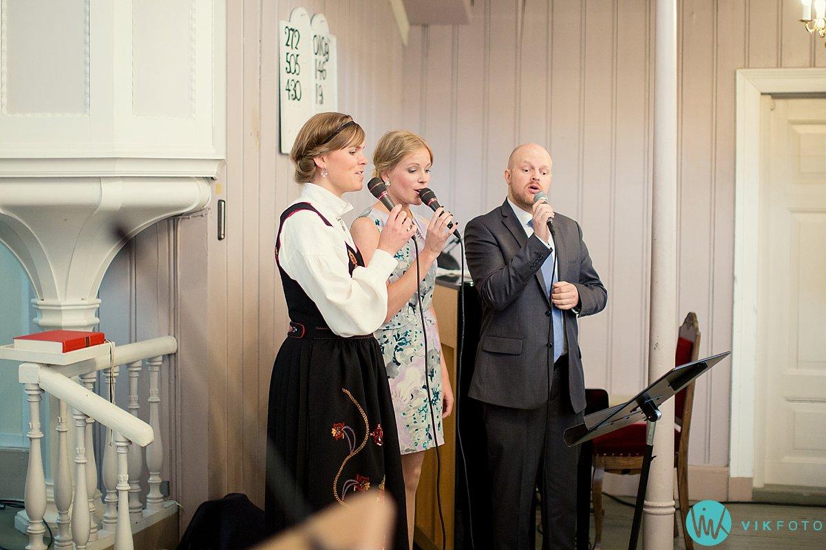 18-bryllup-vielse-engene-kirke-arendal