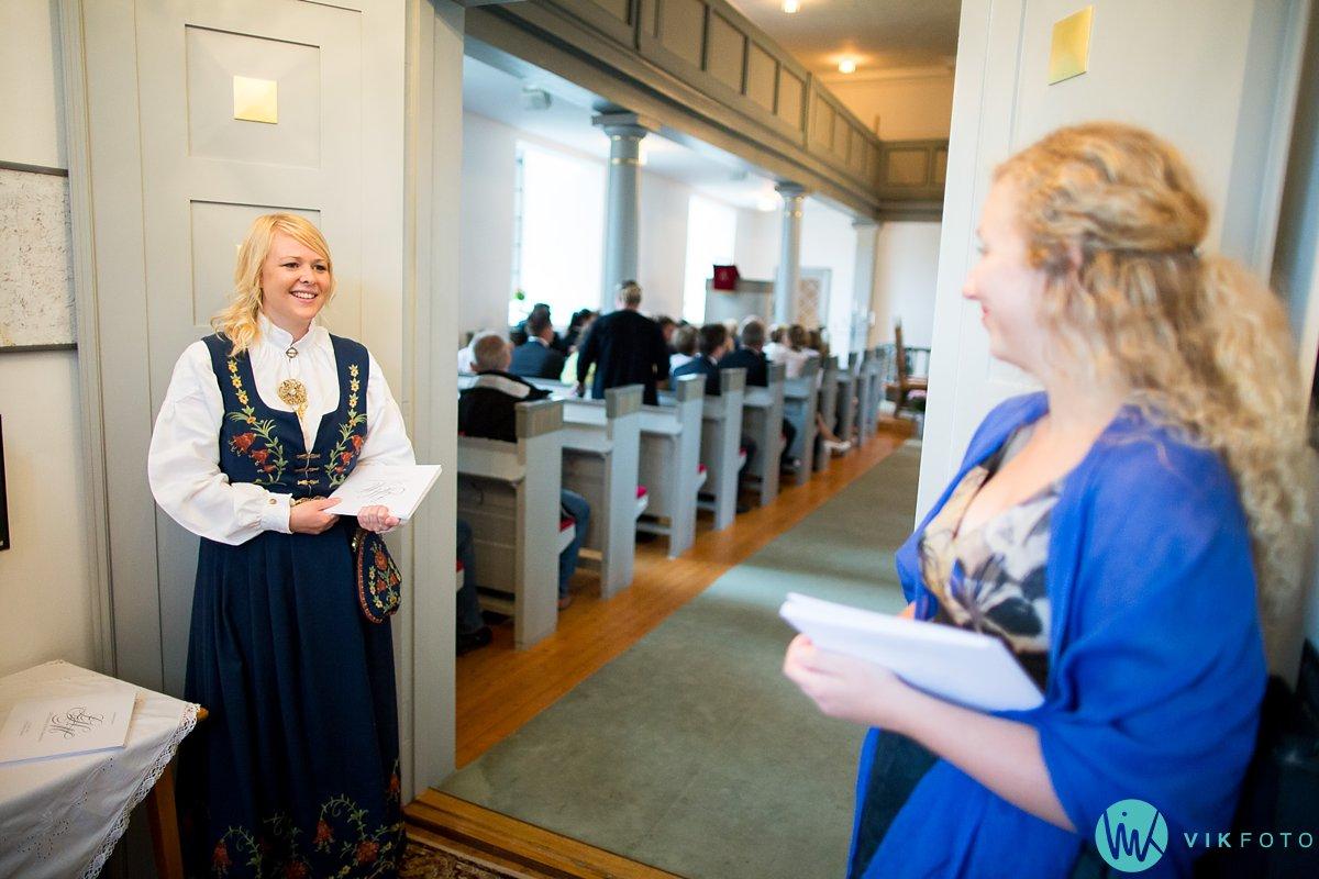 11-bryllup-fotograf-spydeberg-kirke-vielse
