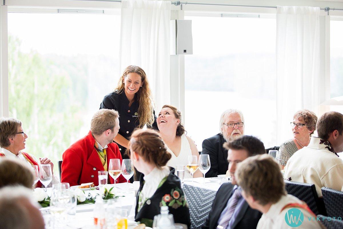 57-bryllup-fotograf-veiby-gård-skiptvet-fest