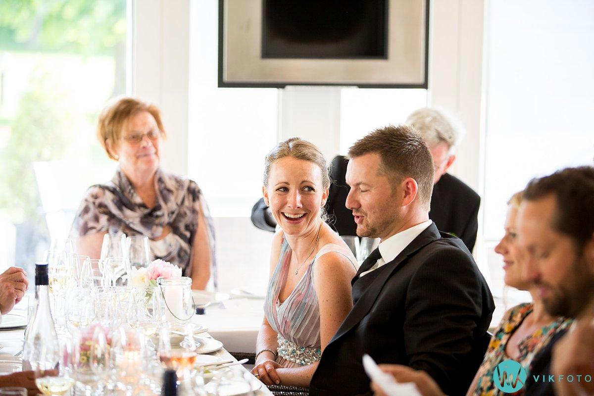 60-bryllupsmiddag-tale-gjester-bryllup-fest-refsnes