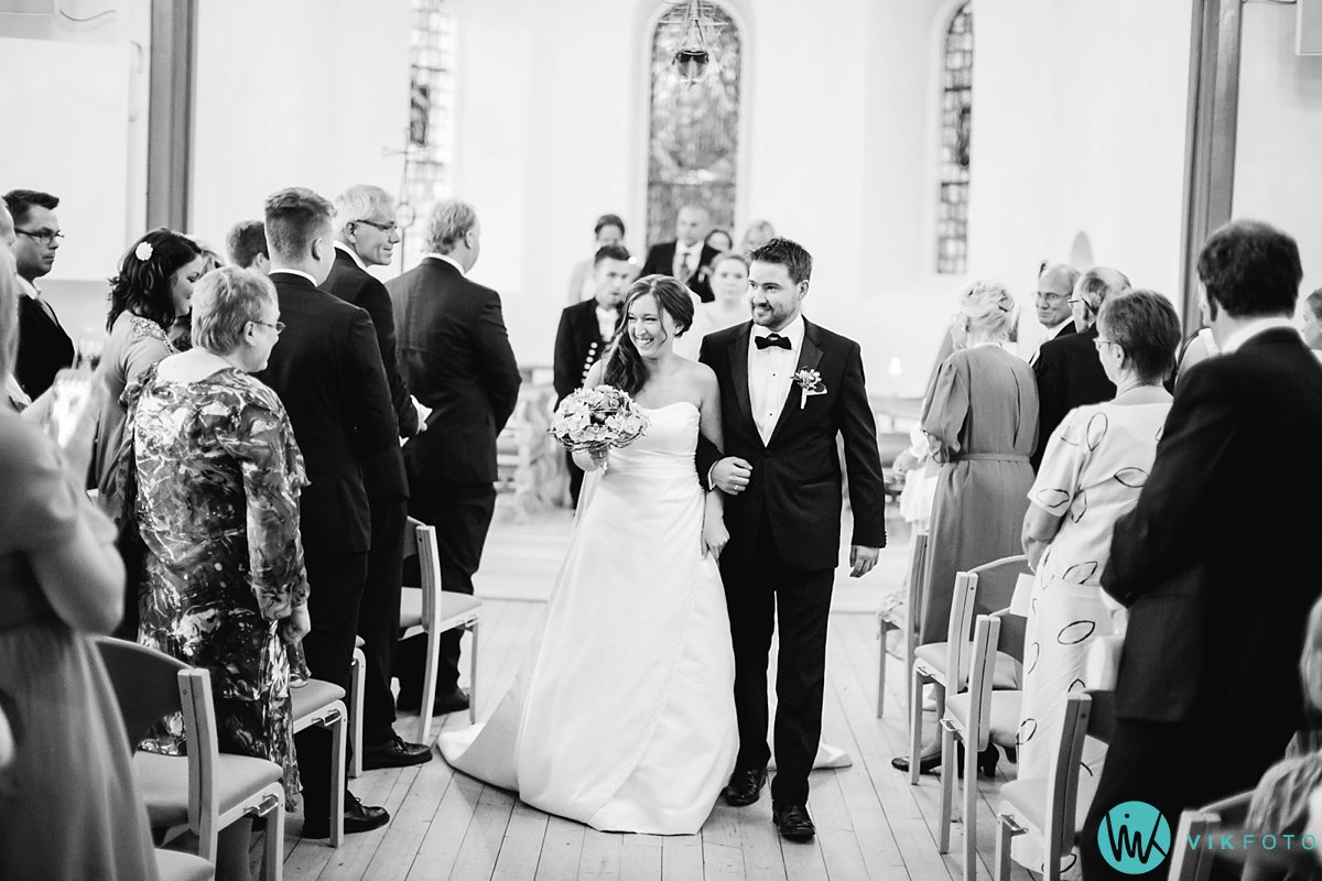 18-bryllup-vielse-hvaler-spjærøy-kirke