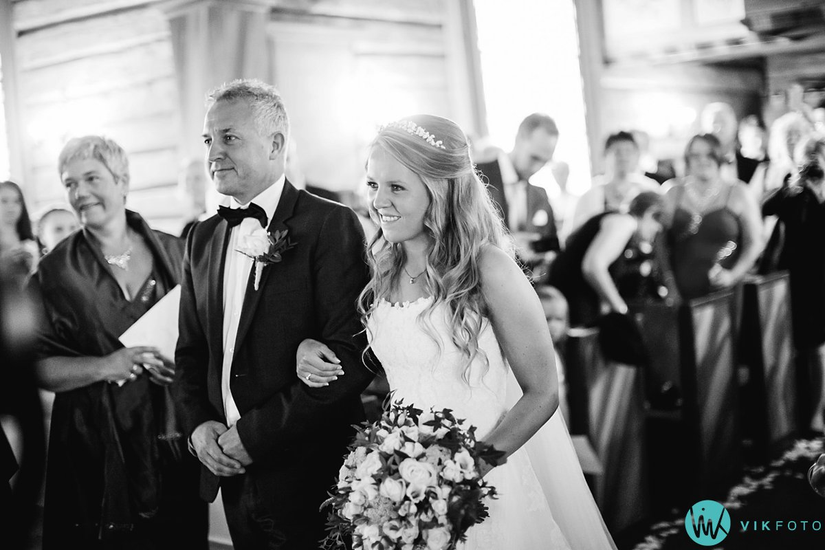22-bryllup-vielse-aurdal-kirke-danebu-kongsgard