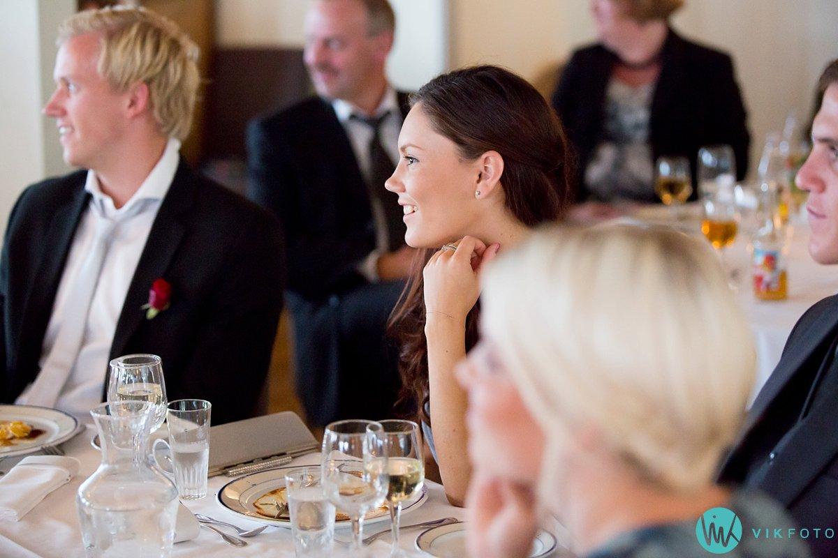 62-bryllupsfotograf-danebu-kongsgard-bryllupsbilder