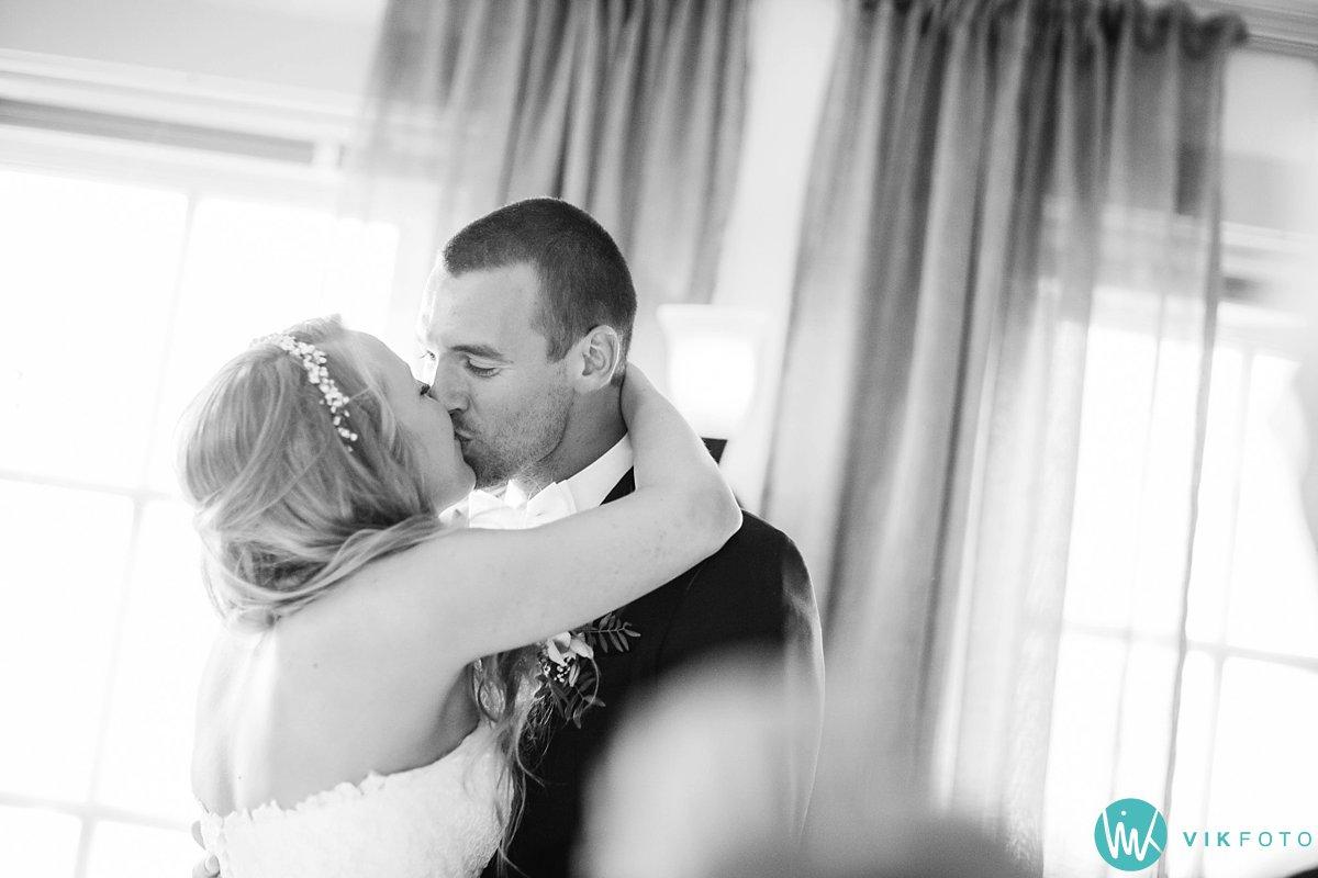 69-bryllupsfotograf-danebu-kongsgard-bryllupsbilder