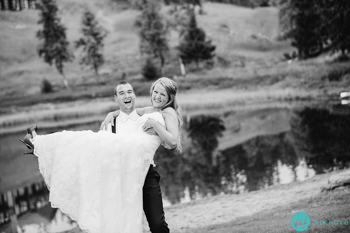 76-bryllupsfotograf-danebu-kongsgard-bryllupsbilder
