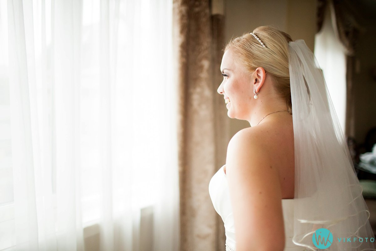 09-bryllup-fotograf-oslo-hotel-continental-forberedelser
