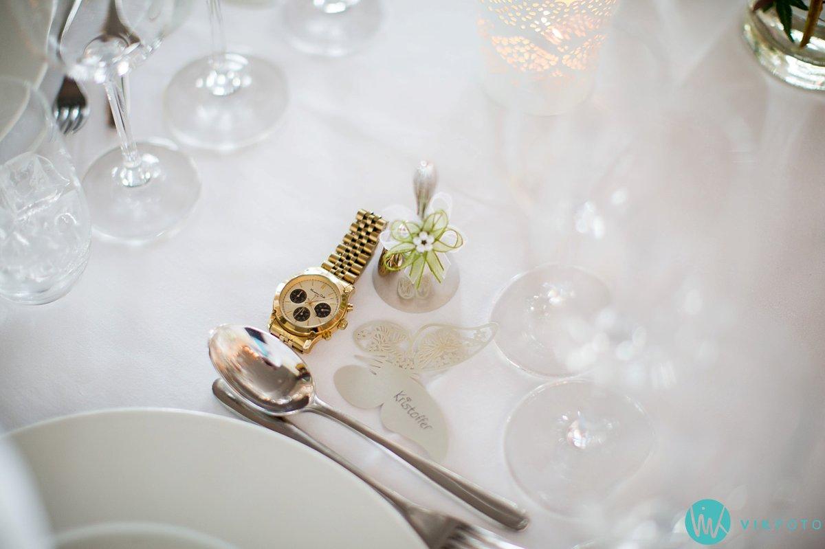 35-bryllupsbilde-ekebergrestauranten-bryllupsfotograf-oslo