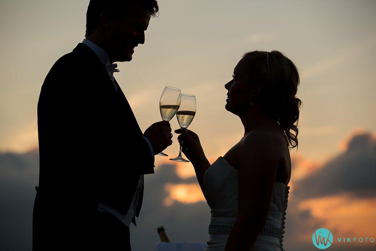 49-bryllup-ekebergrestauranten-solnedgang-takterasse
