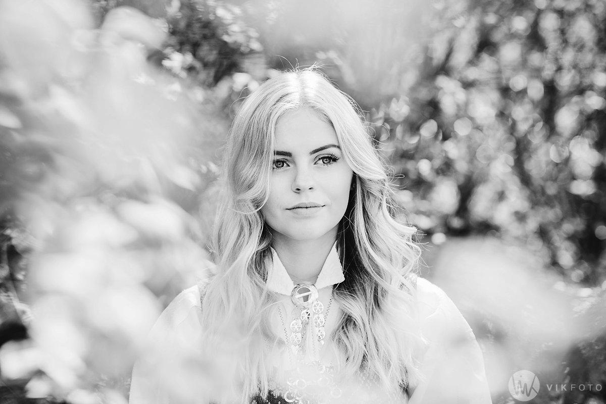 13-fotograf-sarpsborg-portrett-bunadsbilde-konfirmasjon