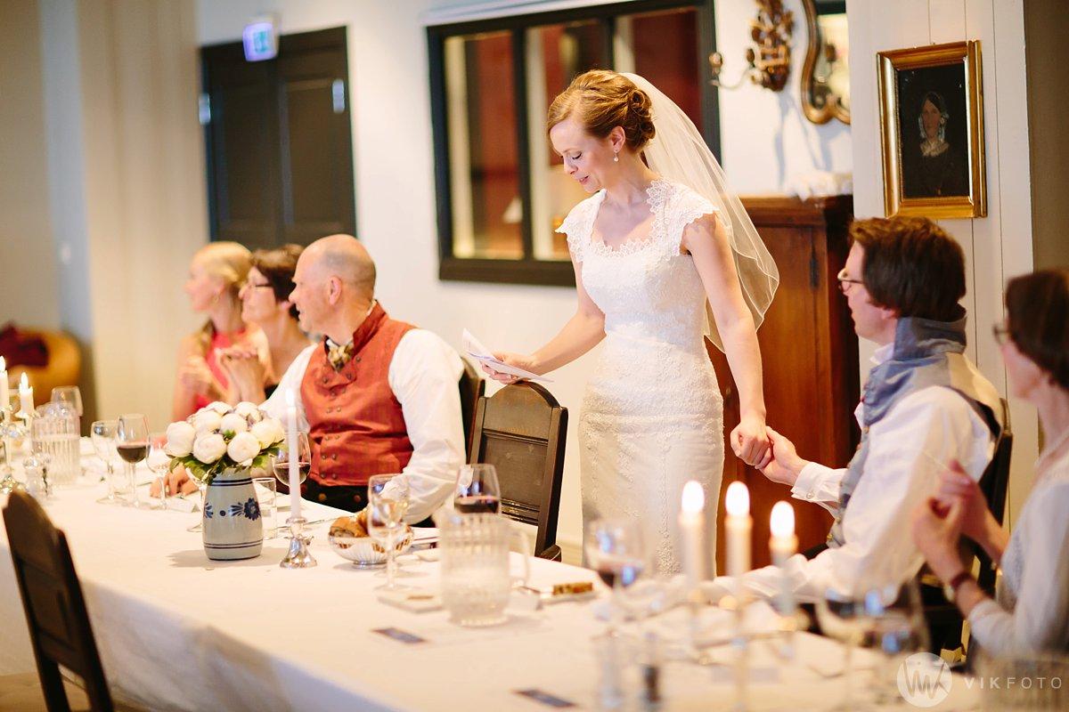 58-bryllup-kleivstua-heldags-fotograf-middag-fest