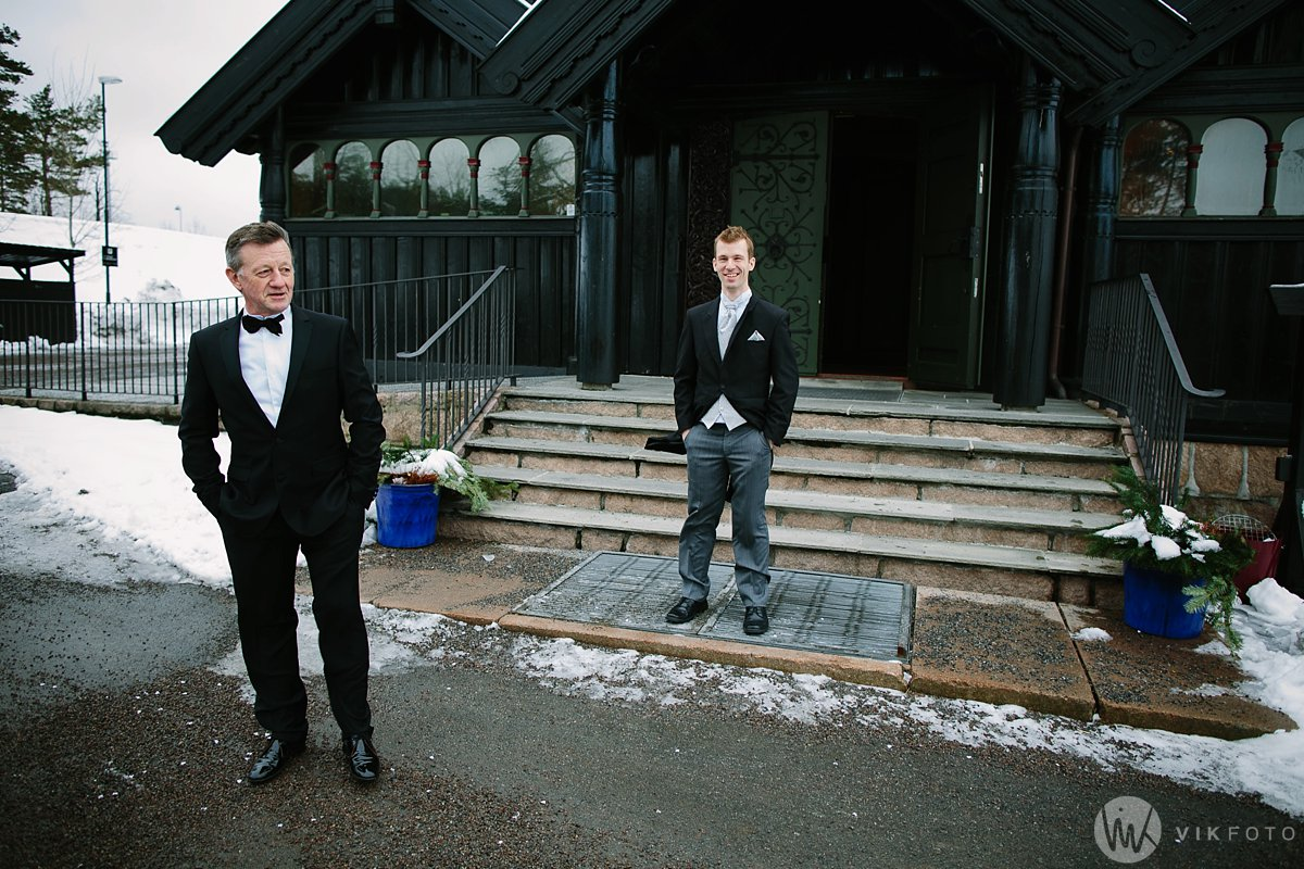 10-vinterbryllup-bryllup-holmenkollen-kapell-vielse-brudepar