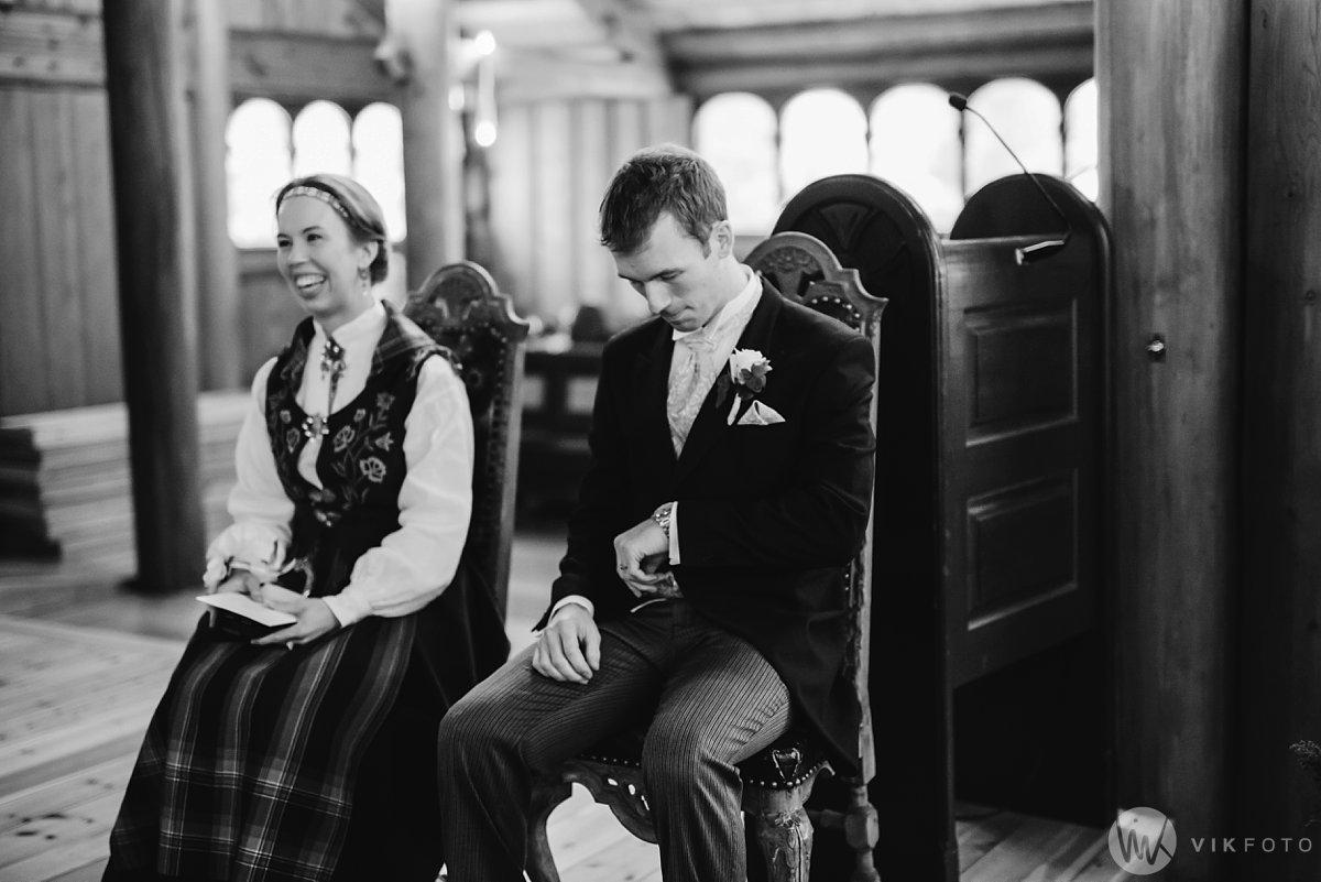 15-vinterbryllup-bryllup-holmenkollen-kapell-vielse-brudepar