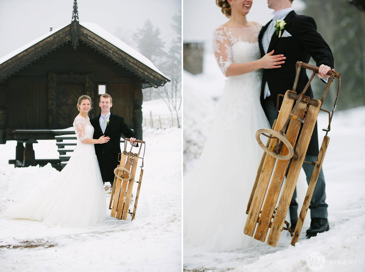 29-vinterbryllup-bryllupsbilde-frognerseteren-brudepar