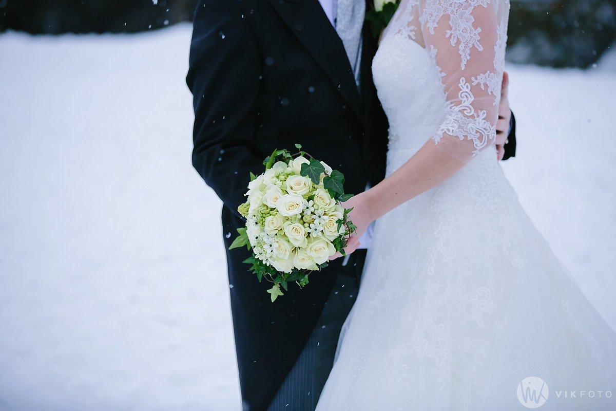 35-vinterbryllup-askeladdens-hus-soria-mora-bryllup