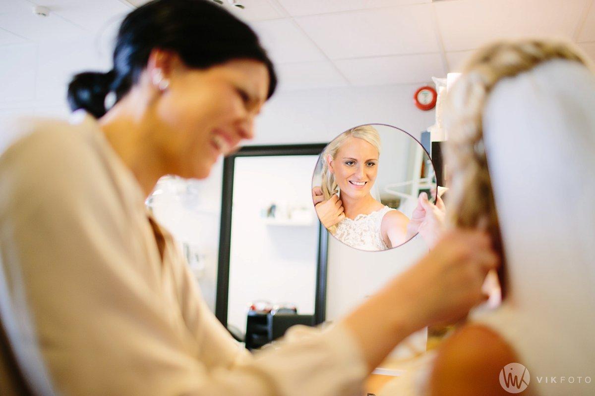 11-bryllup-fotograf-fredrikstad-brud-kace-hårpleie.jpg