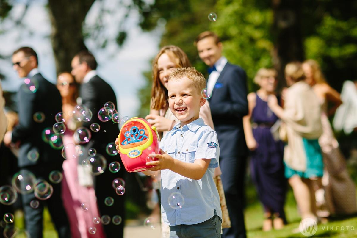 38-bryllup-hvaler-kirke-vielse-fotograf-jan-ivar-vik.jpg