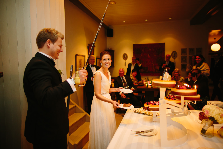 81-kleivstua-bryllup-bryllupsfest-dans-kake.jpg