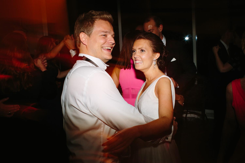 89-kleivstua-bryllup-bryllupsfest-dans-kake.jpg