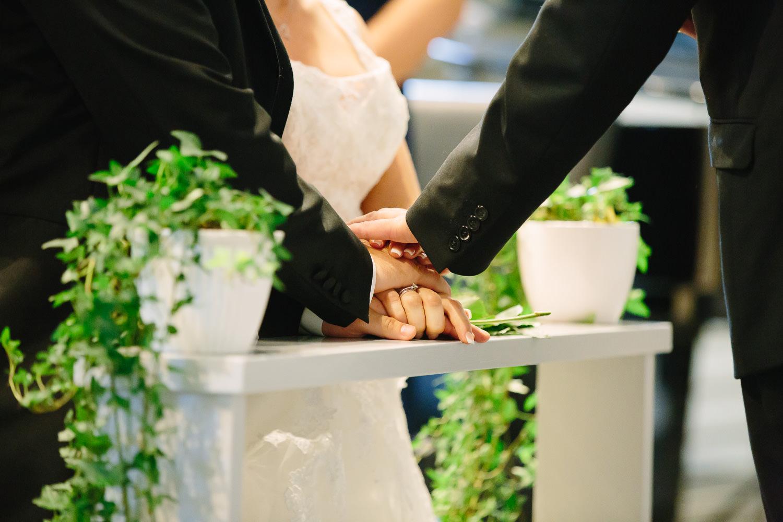 27-bryllup-halden-salen-pinsekirke-vielse.jpg