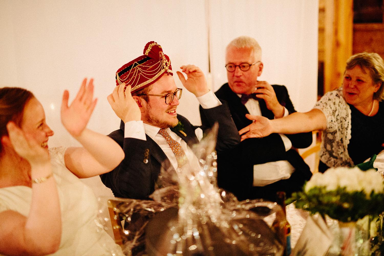 Innslag under bryllupsmiddagen