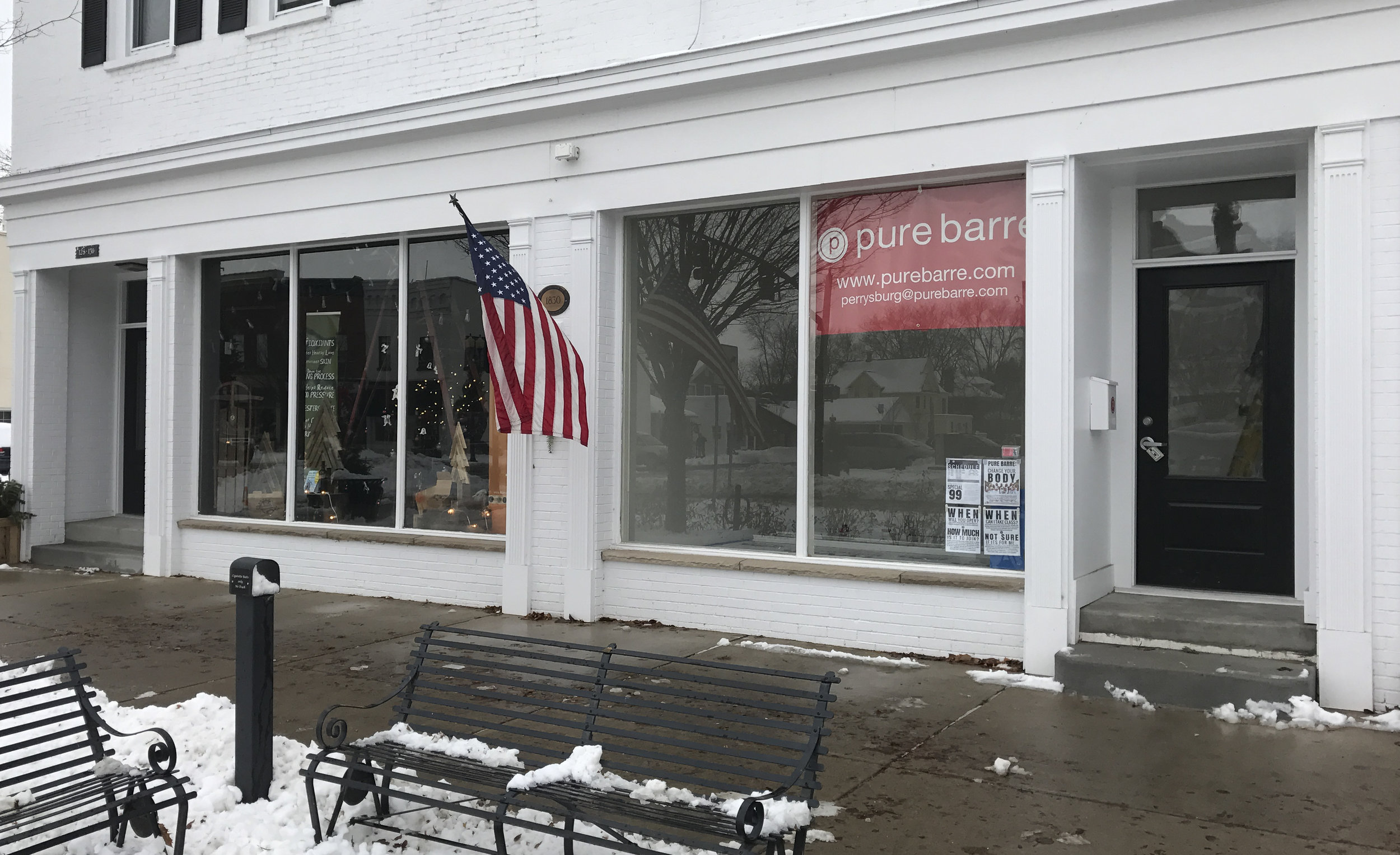 Pure Barre Perrysburg - Storefront