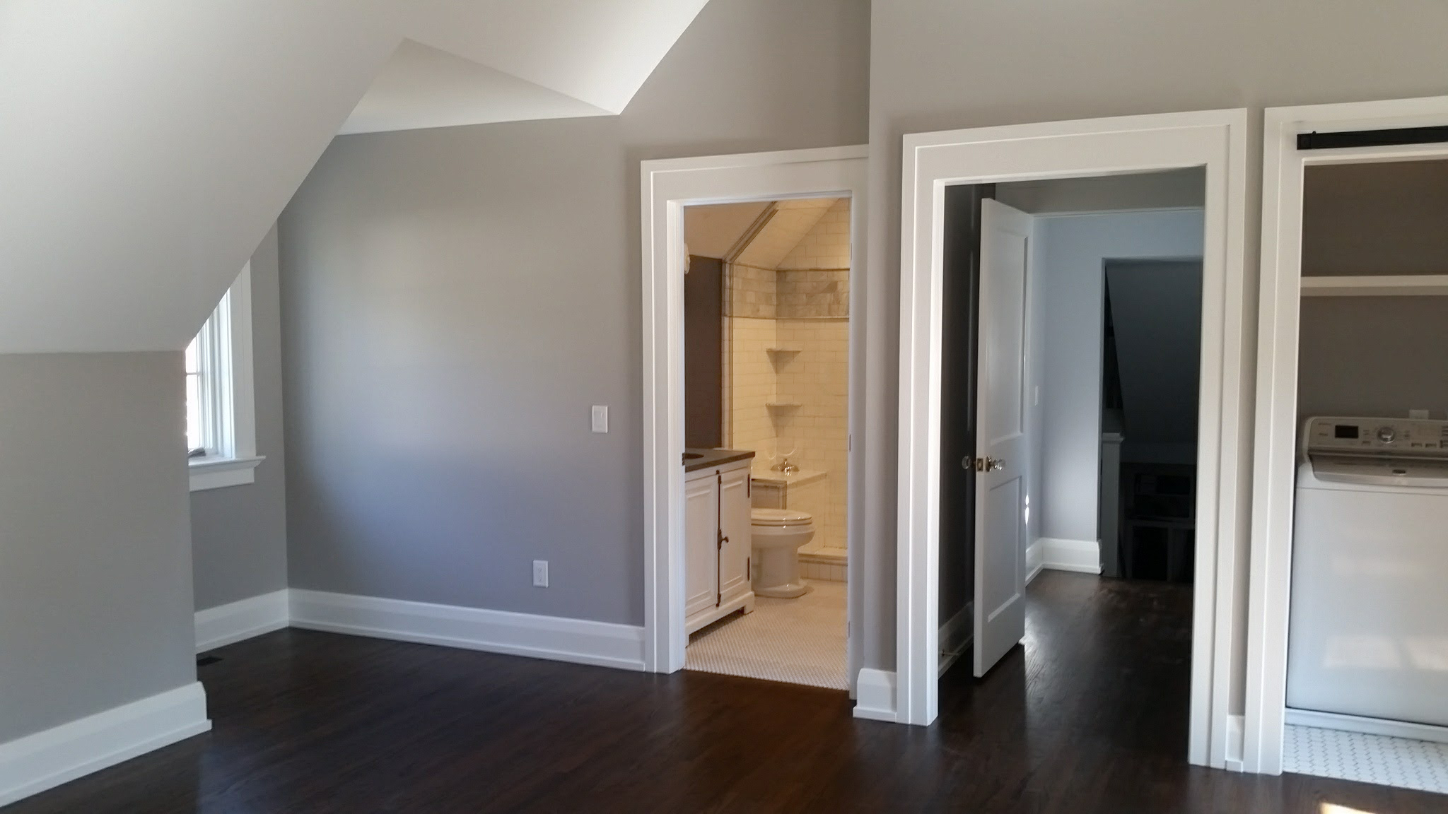 Kid's Wing, Hall Entrance, Laundry Closet & Bath | Complete