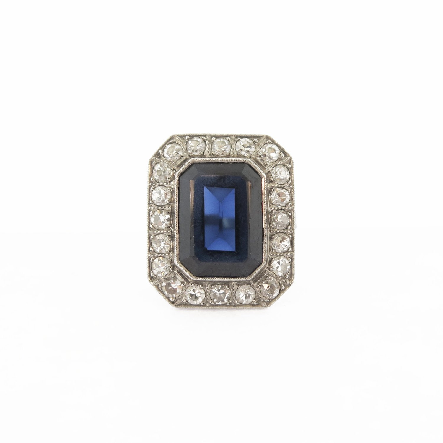 Late Victorian Classic Sapphire and Diamond Cluster Platinum Ring