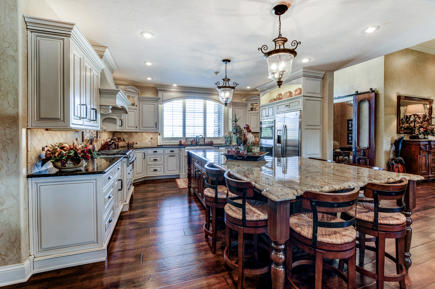 built-by-brett-custom-home-springfield-mo-13735-lawrence-2100-018.jpg