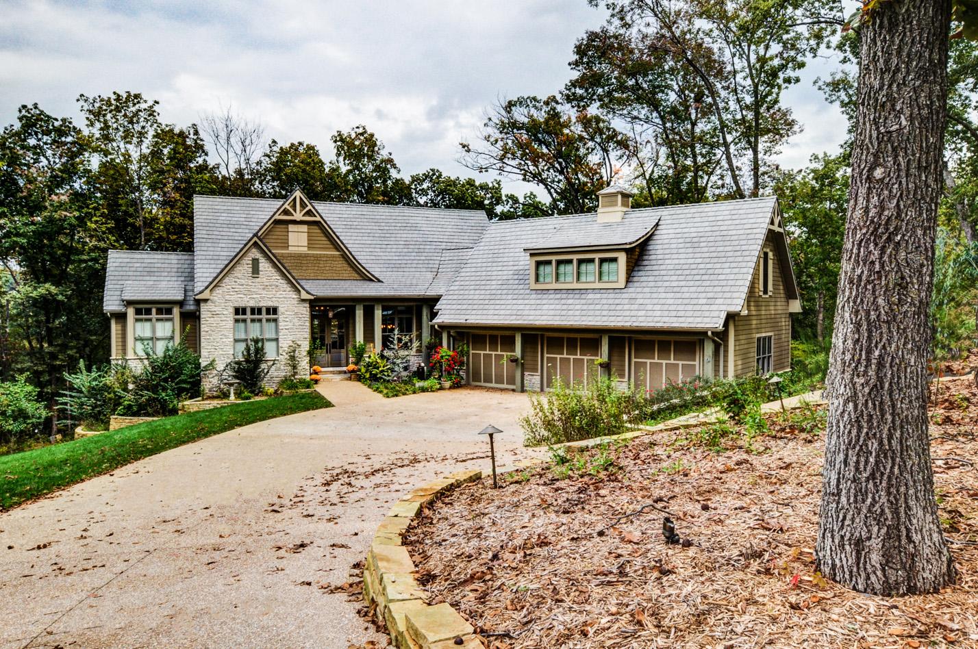 built-by-brett-custom-home-builders-springfield-mo-dunrobin-exterior-001.jpg