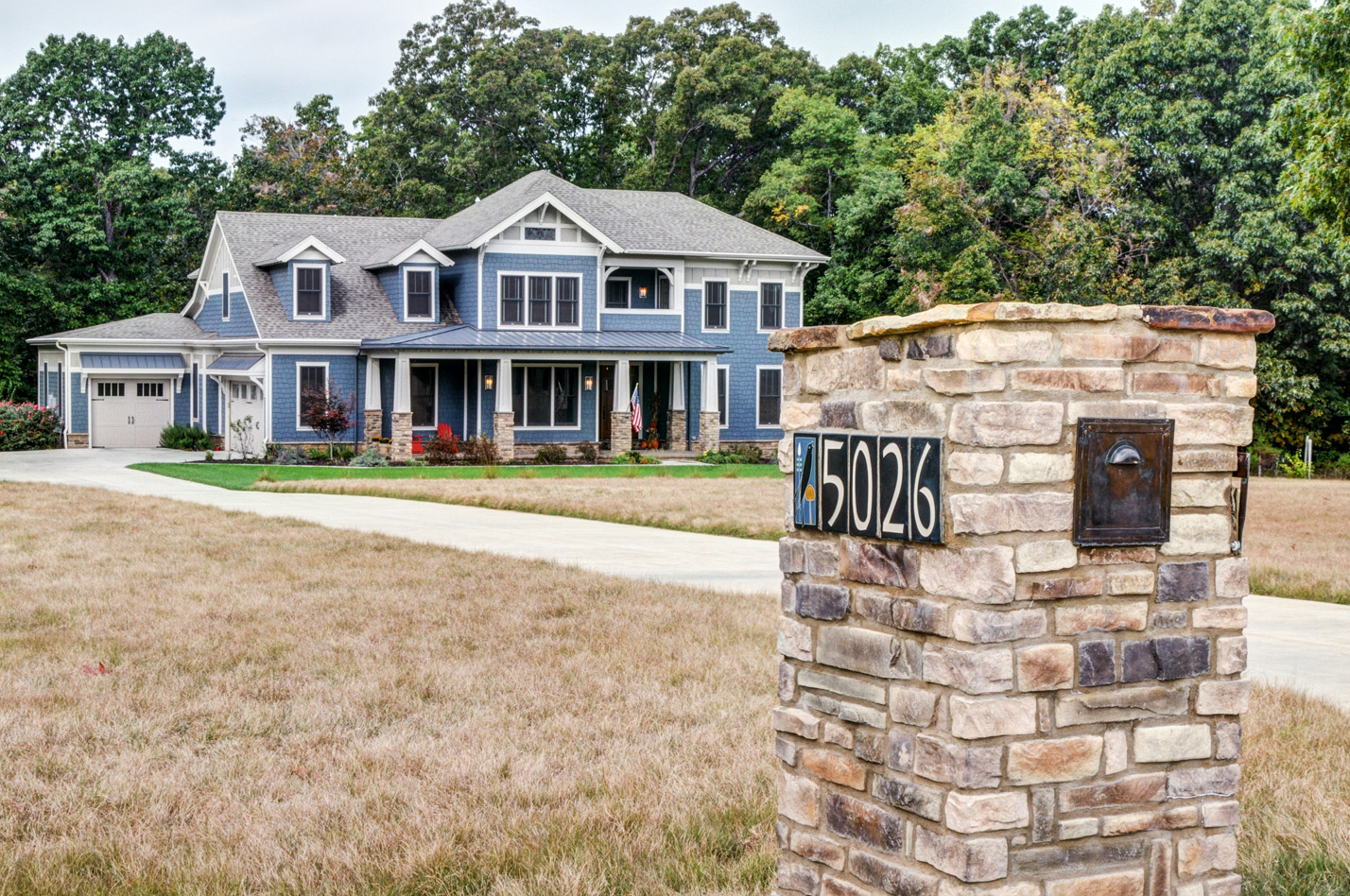 built-by-brett-custom-home-builders-springfield-mo-stonegate-court-exterior-002.jpg