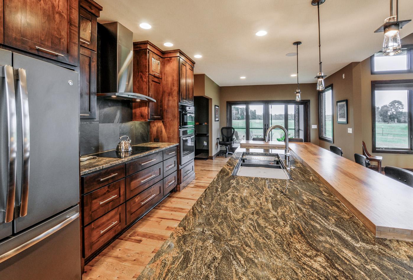 built-by-brett-custom-home-builders-springfield-mo-meadowcrest-lane-006.jpg