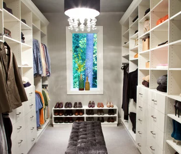 mast closet with additional square footage