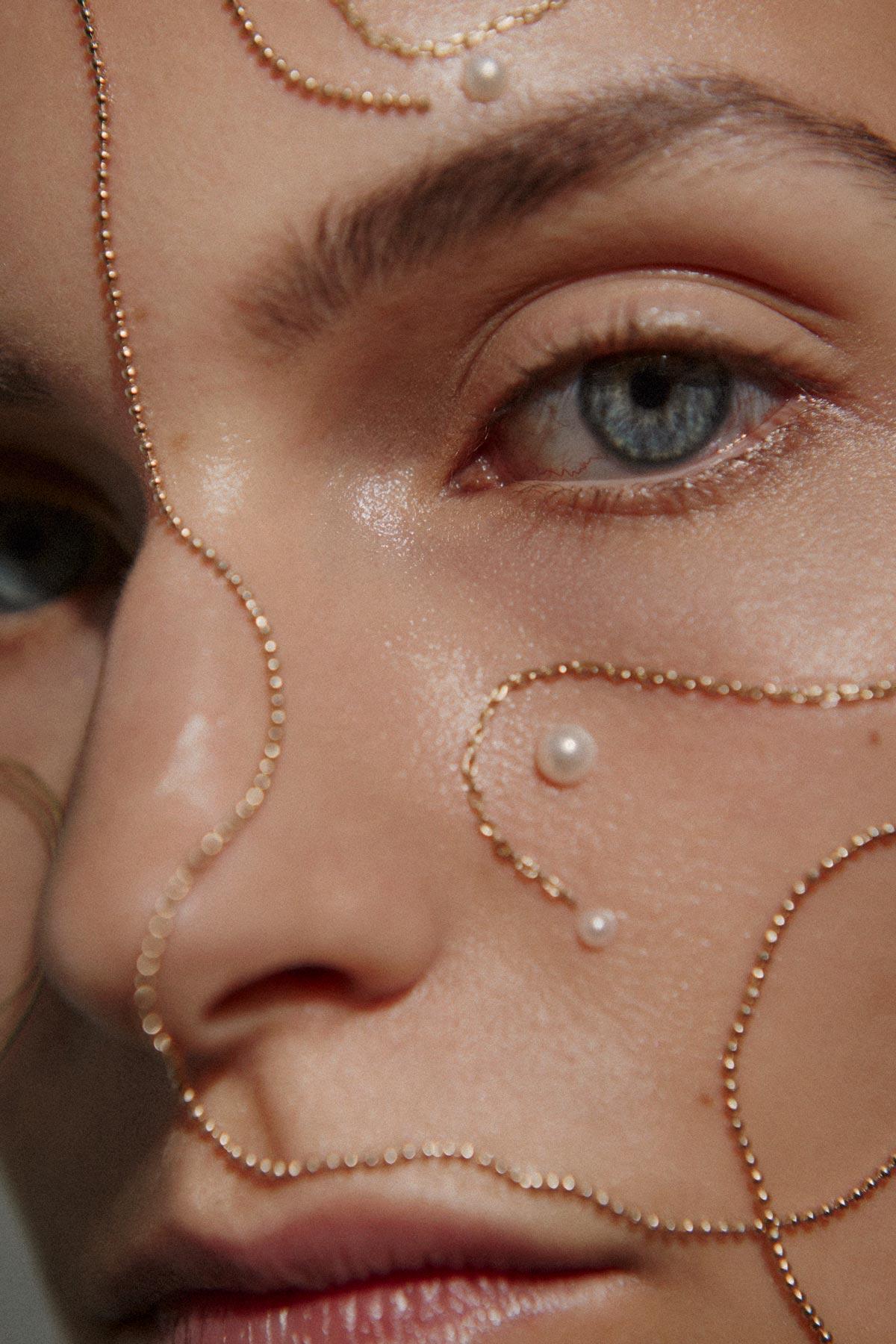 CloseupMetal.jpg